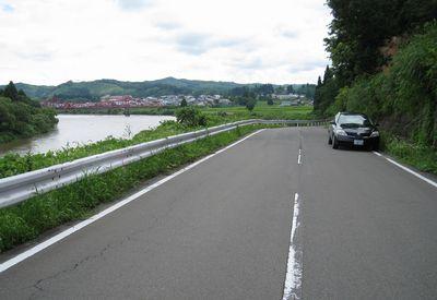 山形県道30号大石田畑線と最上川